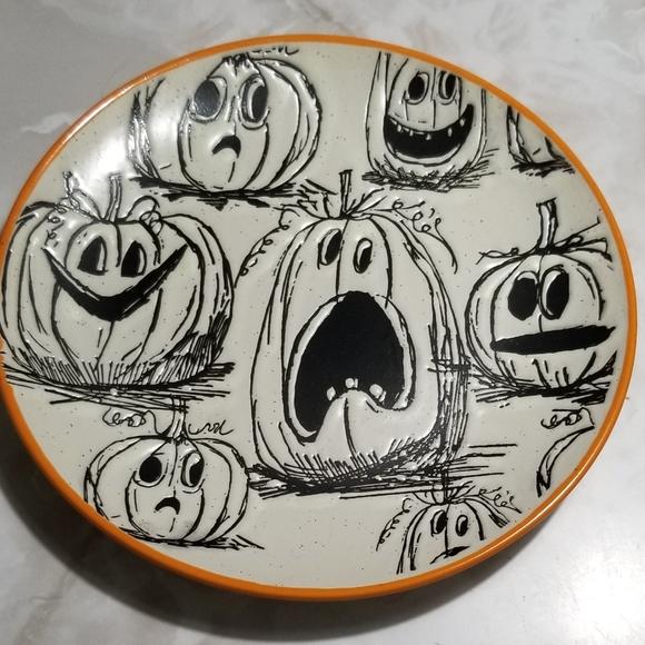 "tj maxx Other - inHomestylez Pumpkin Happy Halloween 8"" Dish"